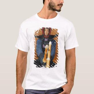 Zwei Kendo Fechter Sparring T-Shirt