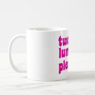zwei Klumpen gefallen Tasse
