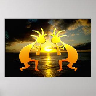Zwei Kokopellis am Sonnenuntergang Poster
