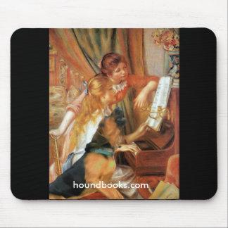 Zwei Mädchen (und Wimsey der Bluthund) am Klavier Mousepads