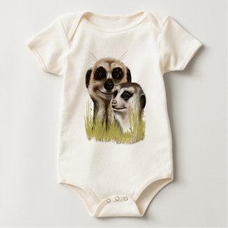 Zwei Meerkats in Gras Shirts