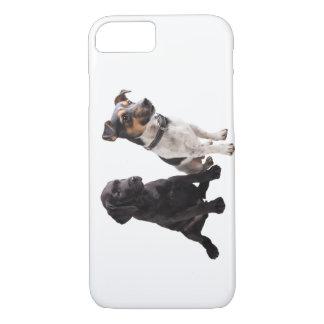 zwei niedliche kleine Hunde iPhone 8/7 Hülle