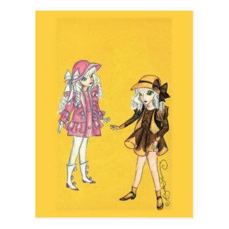 Zwei niedliche Modemädchen mit Hüten Postkarten