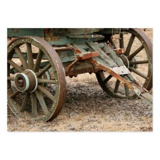 Zwei Räder eines Westernlastwagens Visitenkartenvorlagen