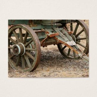 Zwei Räder eines Westernlastwagens Visitenkarte