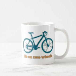 zwei Räder. Radfahren Tasse
