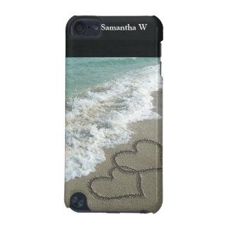 Zwei Sand-Herzen auf dem Strand, romantischer iPod Touch 5G Hülle