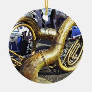 Zwei Sousaphones und Trommeln Keramik Ornament
