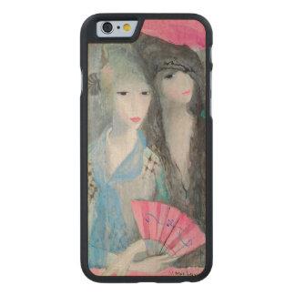 Zwei spanische Frauen Carved® iPhone 6 Hülle Ahorn