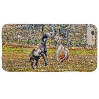 Zwei spielerische Pinto-Farben-Pferdepferdeartiger Barely There iPhone 6 Plus Hülle