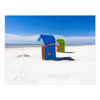 Zwei Strandstühle in der Nordsee Postkarte