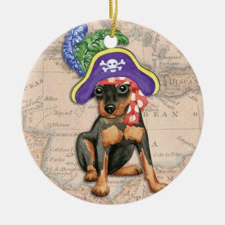 Zwergpinscher-Pirat Keramik Ornament