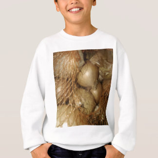 Zwiebeln im Netz, Nahrungsmittelgemüse, würziges Sweatshirt