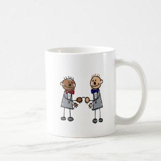 Zwischen verschiedenen Rassen homosexuelle Paare Kaffeetasse